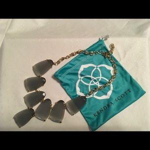 Kendra Scott Jewelry - Kendra Scott Signature Harlow Necklace